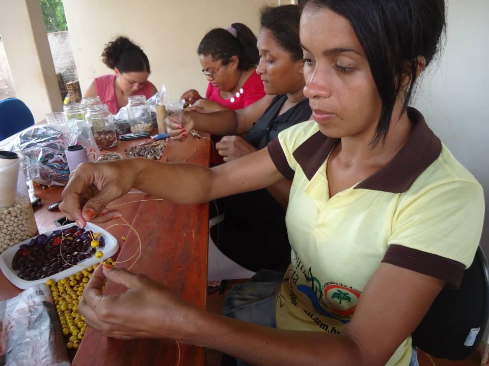 Com Prêmio BNDES , artesãs da XambiArt adquirem terreno para nova sede